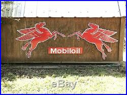 Antique Vintage Old Style Mobil Pegasus Left And Right Sign! SALE