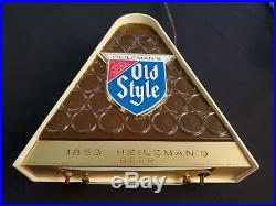 Heilemans Old Style lighted beer sign. Vintage 1960