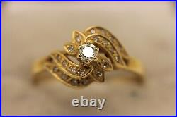 Old Vintage 18k Gold Natural Diamond Decorated Rose Style Ring
