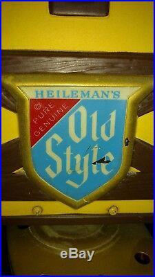 VINTAGE Heilmans OLD STYLE Swiss chalet MOTION Beer Sign RARE (HAMMS)
