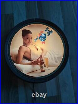 Vintage Heileman's Old Style Beer Lighted Sign 1983 Beautiful Woman Lady