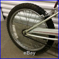 Vintage Schwinn Scrambler predator BMX old School Free Style bike Silver 1990s